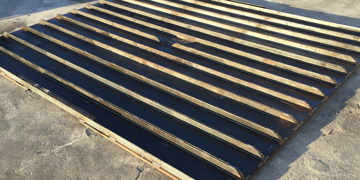 Steel Plates with Channel