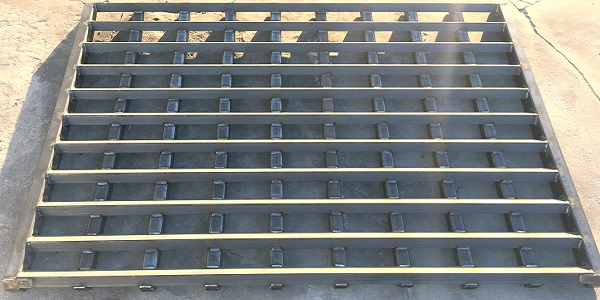 Heavy Duty Tubular Track Out Grates